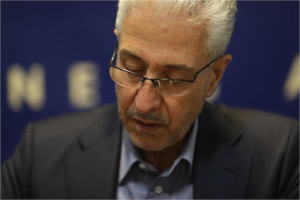 وزیر علوم خواستار تعیین زمان اهدای جایزه اخلاق در علم ابن سینا شد